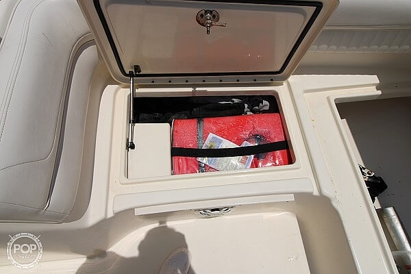 2006 World Cat boat for sale, model of the boat is 250 DC & Image # 20 of 33