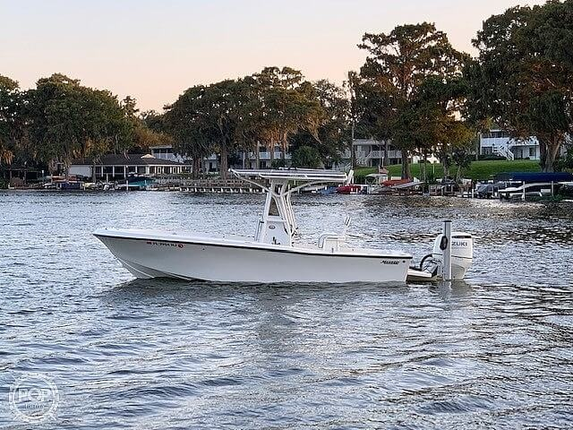 1992 Mako boat for sale, model of the boat is 221B & Image # 3 of 40