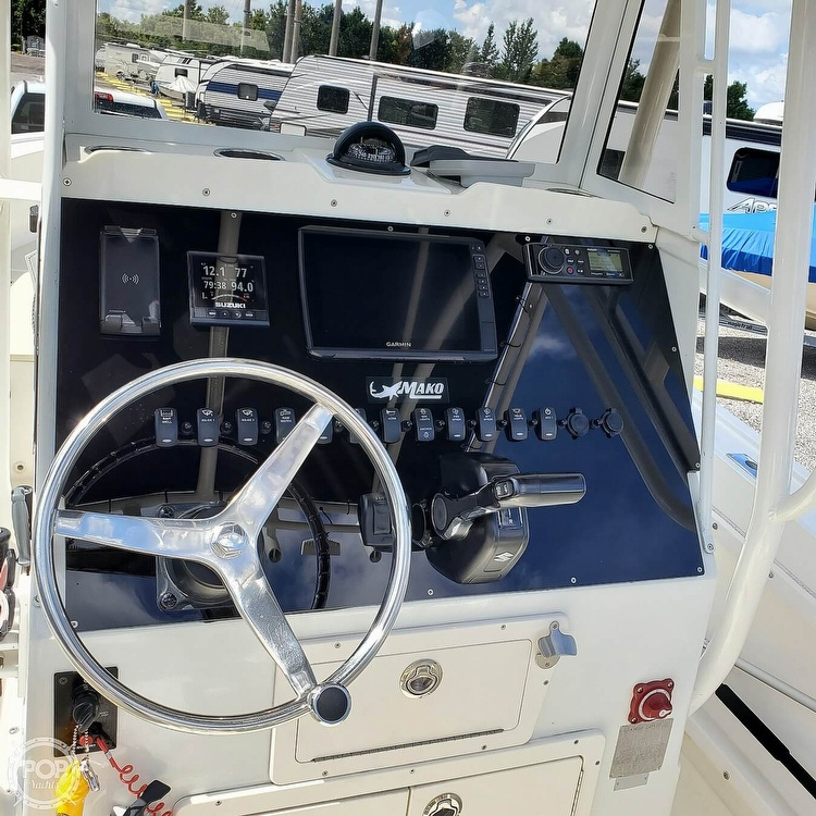 1992 Mako boat for sale, model of the boat is 221B & Image # 11 of 40