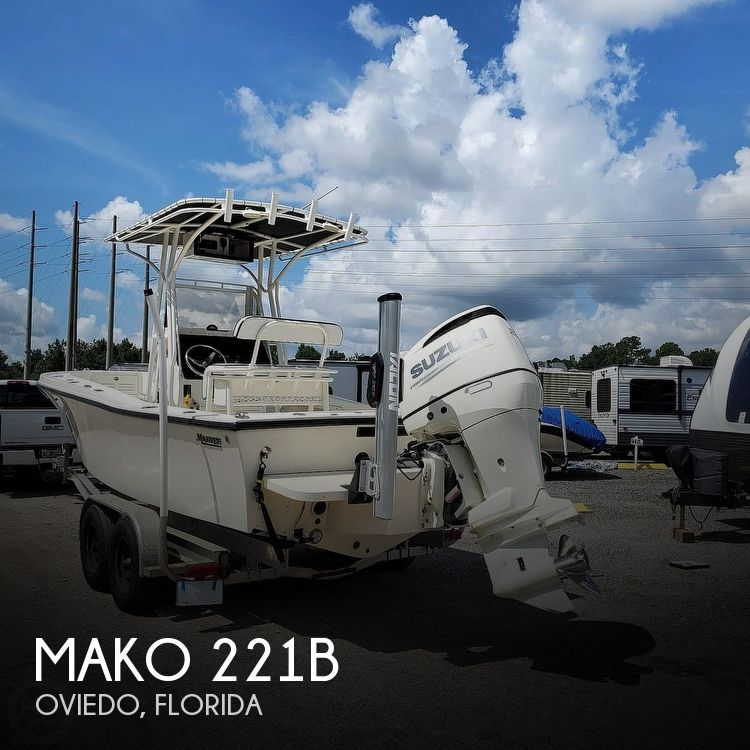 1992 Mako boat for sale, model of the boat is 221B & Image # 1 of 40