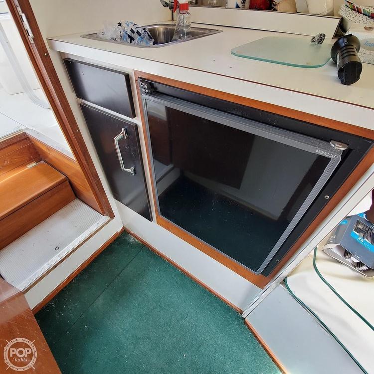 1966 Bertram boat for sale, model of the boat is Bahia-Mar 31 & Image # 11 of 40