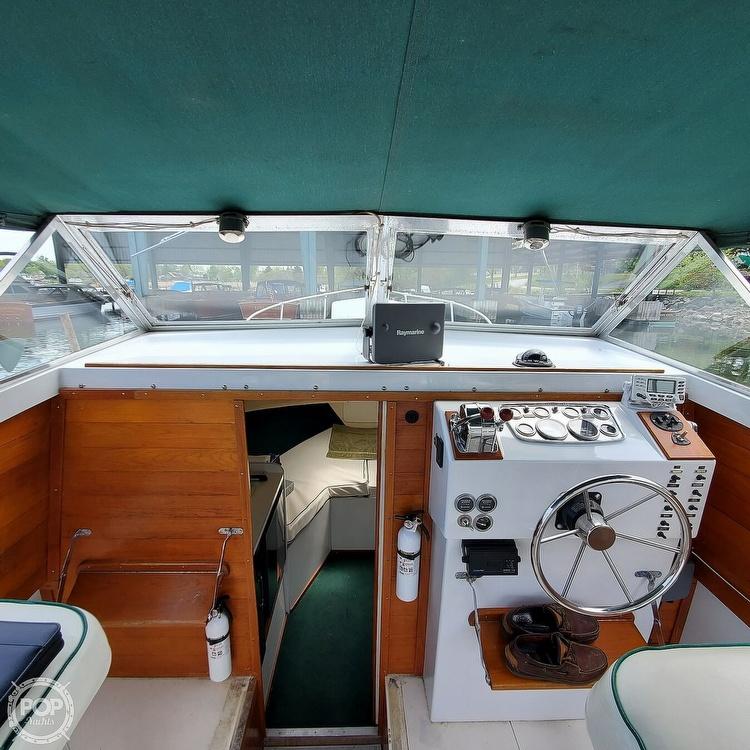 1966 Bertram boat for sale, model of the boat is Bahia-Mar 31 & Image # 23 of 40