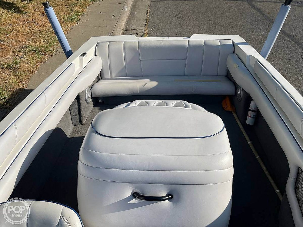 2003 Calabria boat for sale, model of the boat is Laguna & Image # 12 of 40