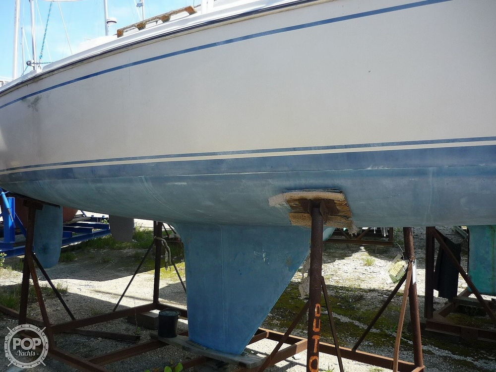 1984 CAL boat for sale, model of the boat is 24 & Image # 6 of 40