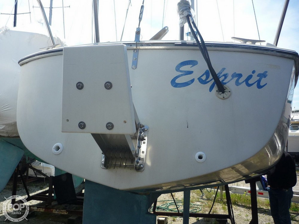 1984 CAL boat for sale, model of the boat is 24 & Image # 9 of 40