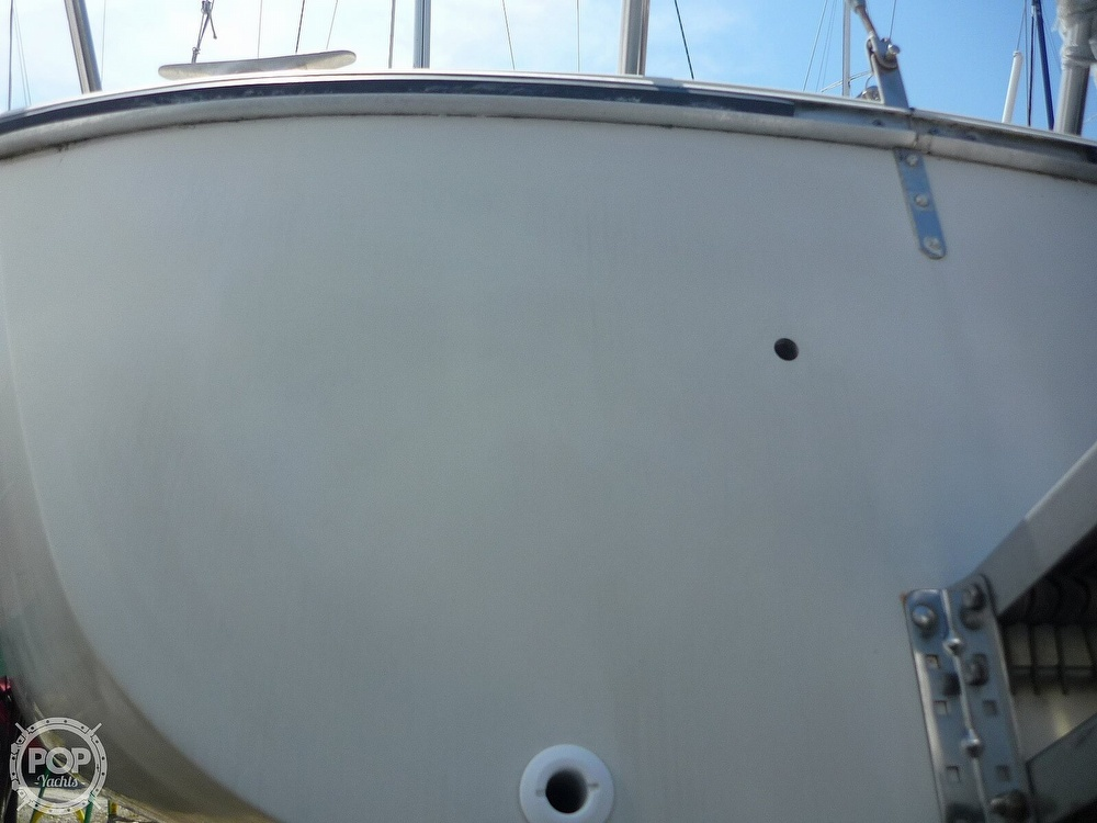 1984 CAL boat for sale, model of the boat is 24 & Image # 14 of 40
