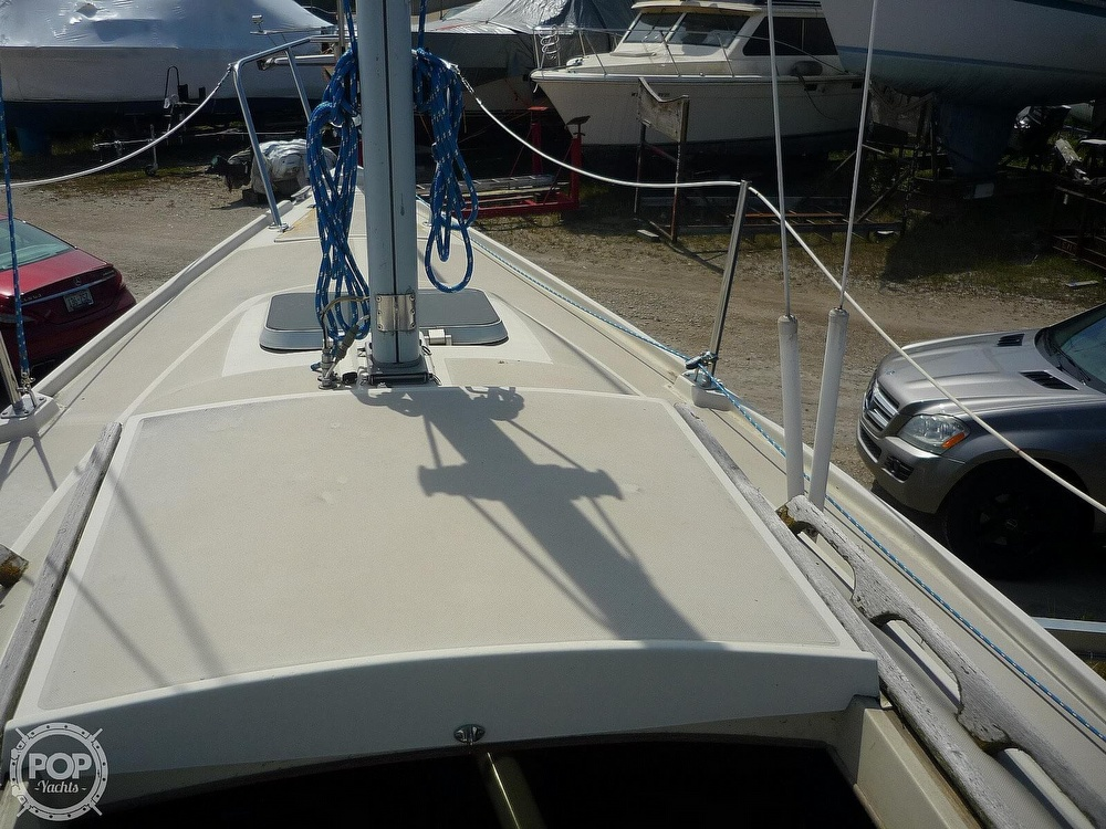 1984 CAL boat for sale, model of the boat is 24 & Image # 20 of 40