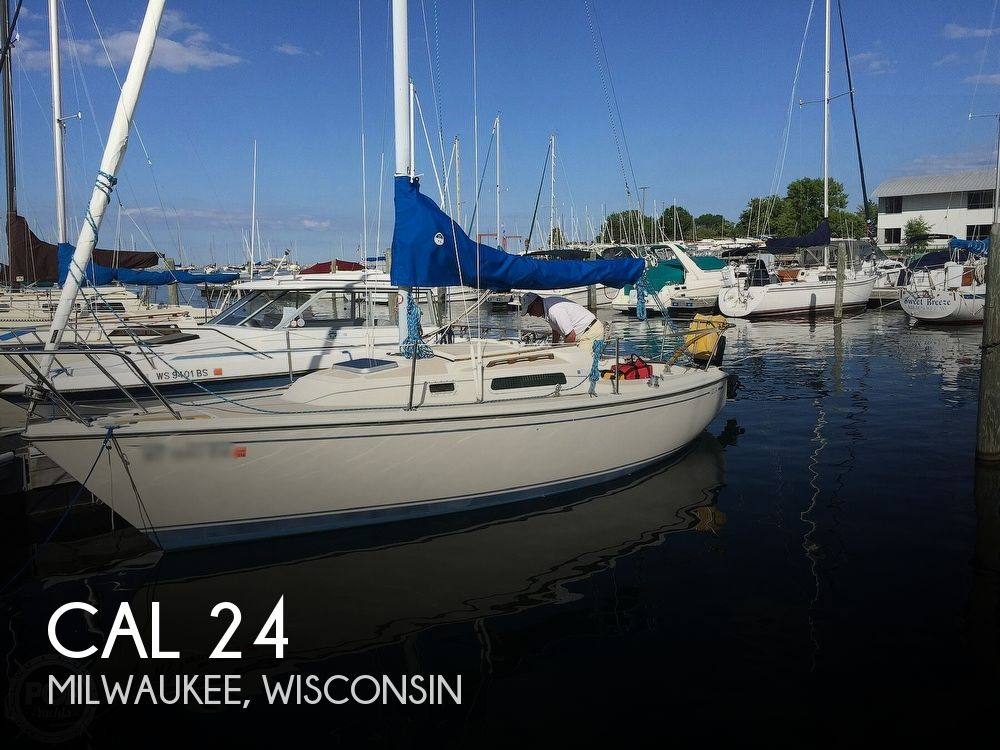 1984 CAL boat for sale, model of the boat is 24 & Image # 1 of 40