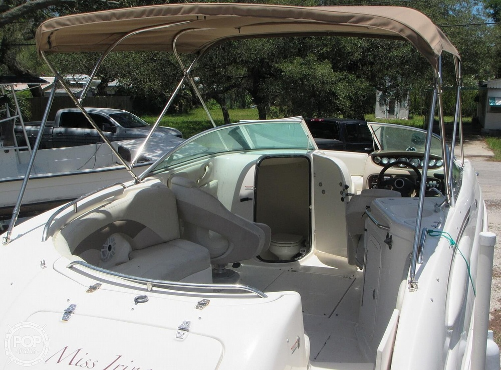 2004 Chaparral boat for sale, model of the boat is 254 Sunesta & Image # 9 of 40