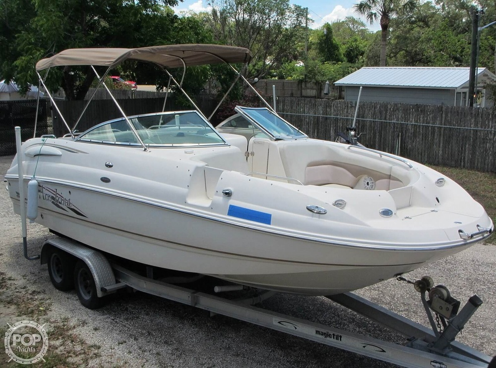 2004 Chaparral boat for sale, model of the boat is 254 Sunesta & Image # 3 of 40