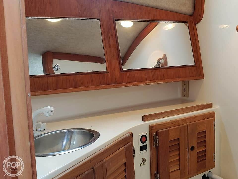 2001 Carolina Classic boat for sale, model of the boat is 28 & Image # 8 of 18