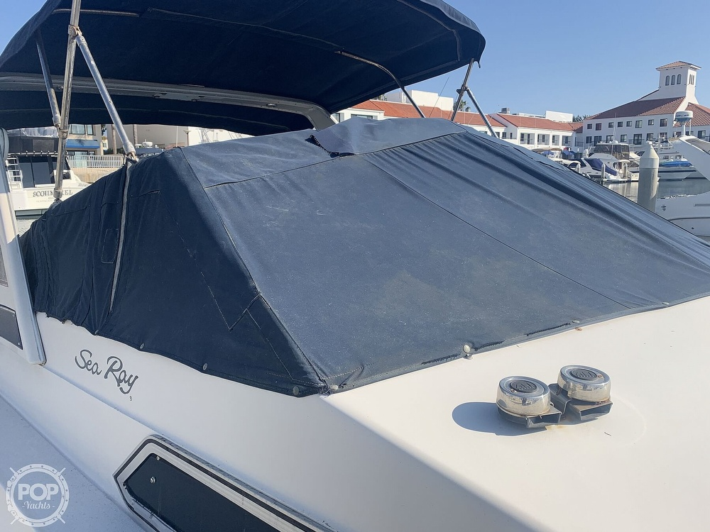 1988 Sea Ray boat for sale, model of the boat is 270 Sundancer & Image # 21 of 40