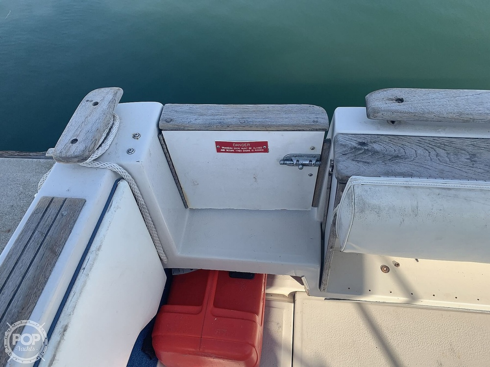 1988 Sea Ray boat for sale, model of the boat is 270 Sundancer & Image # 36 of 40