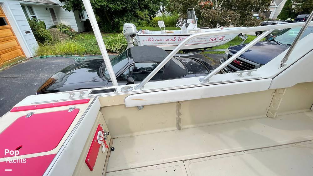 1987 Boston Whaler boat for sale, model of the boat is 22 Revenge WT & Image # 10 of 40