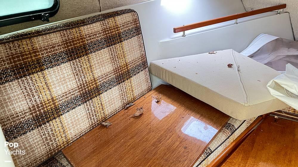 1987 Boston Whaler boat for sale, model of the boat is 22 Revenge WT & Image # 31 of 40