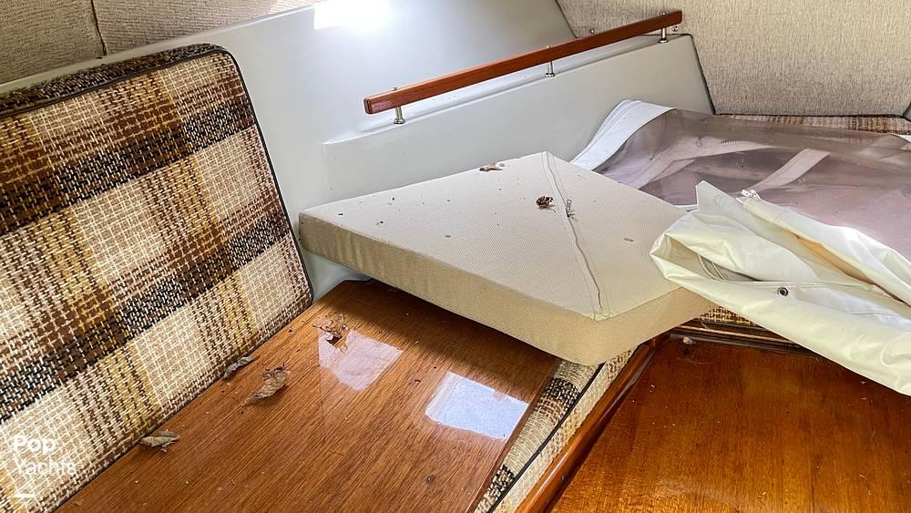 1987 Boston Whaler boat for sale, model of the boat is 22 Revenge WT & Image # 32 of 40