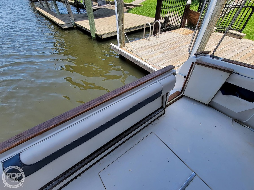 1988 Sea Ray boat for sale, model of the boat is 29 & Image # 7 of 40