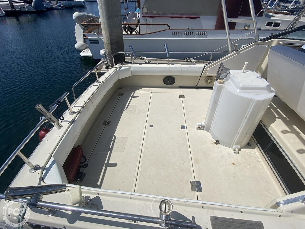 1984 Tiara Yachts boat for sale, model of the boat is 2700 Continental Fish & Cruise & Image # 14 of 40