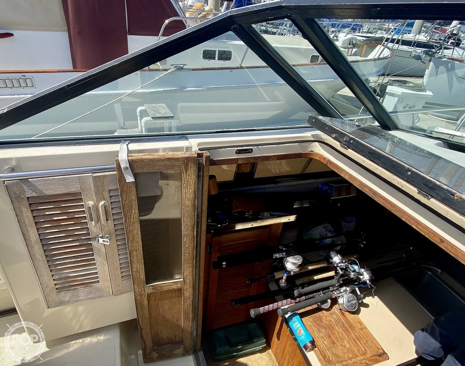 1984 Tiara Yachts boat for sale, model of the boat is 2700 Continental Fish & Cruise & Image # 32 of 40