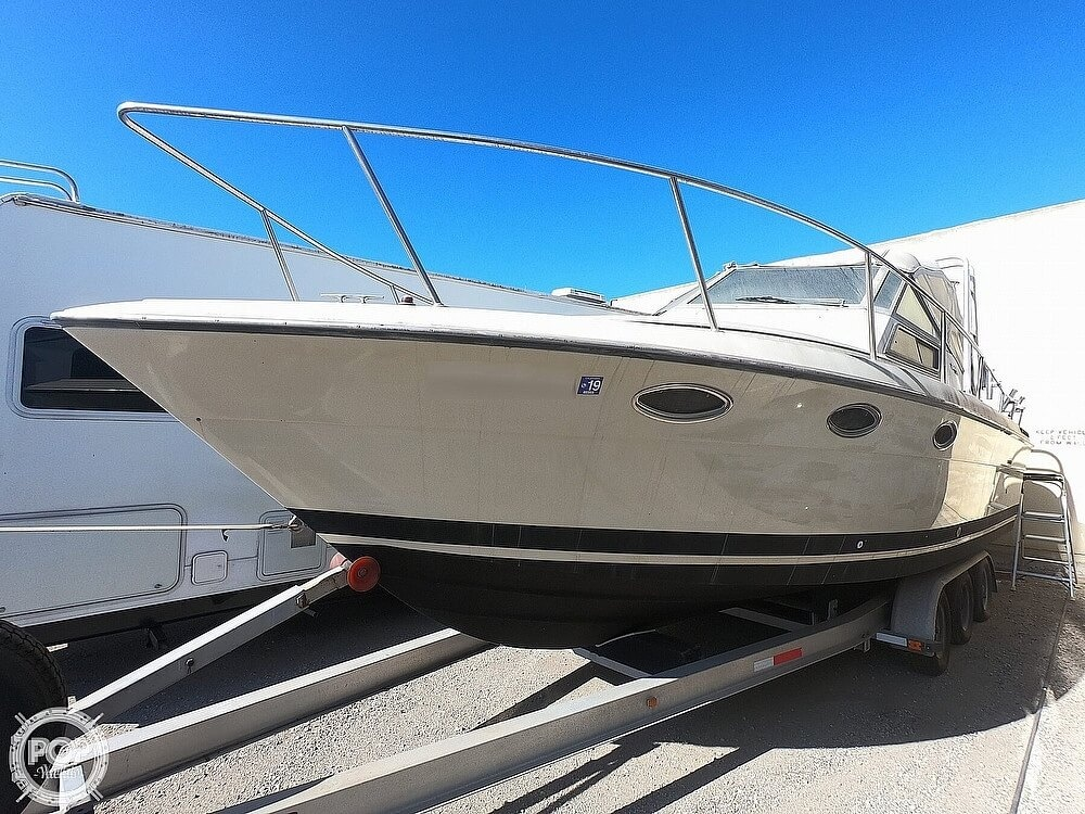 1984 Tiara Yachts boat for sale, model of the boat is 2700 Continental Fish & Cruise & Image # 5 of 40