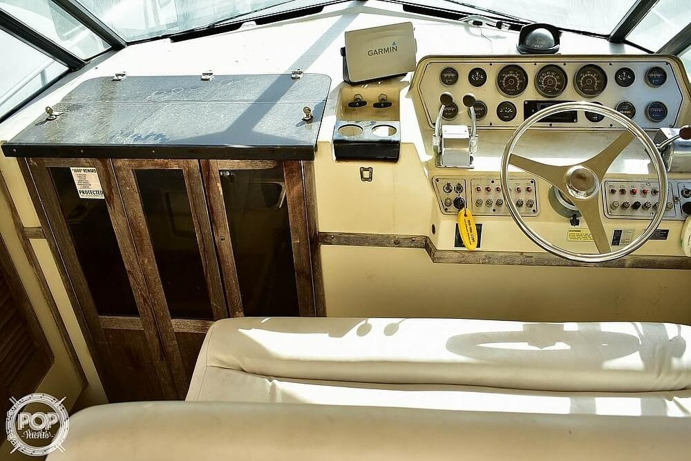 1984 Tiara Yachts boat for sale, model of the boat is 2700 Continental Fish & Cruise & Image # 22 of 40