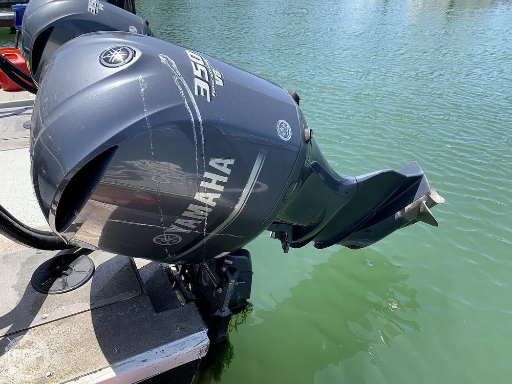 1996 Noosa boat for sale, model of the boat is Performance Cat 38 & Image # 8 of 40