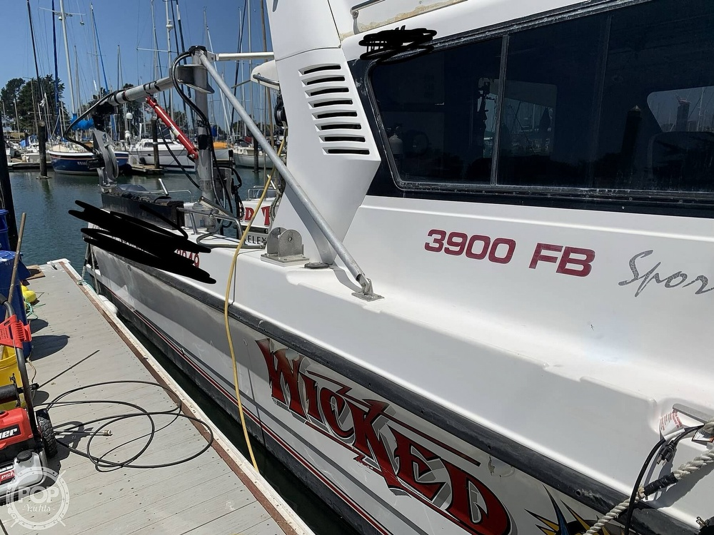 1996 Noosa boat for sale, model of the boat is Performance Cat 38 & Image # 31 of 40