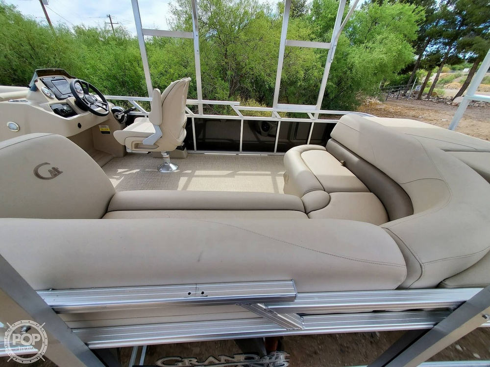 2021 Tahoe boat for sale, model of the boat is Grand Island & Image # 11 of 40