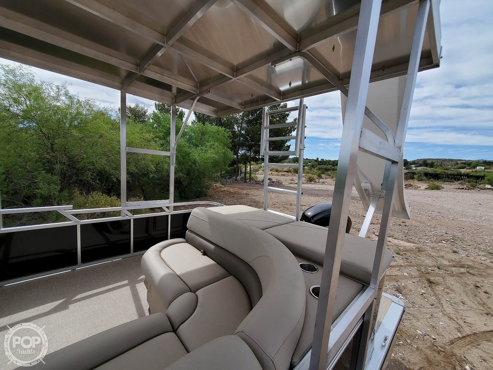 2021 Tahoe boat for sale, model of the boat is Grand Island & Image # 12 of 40
