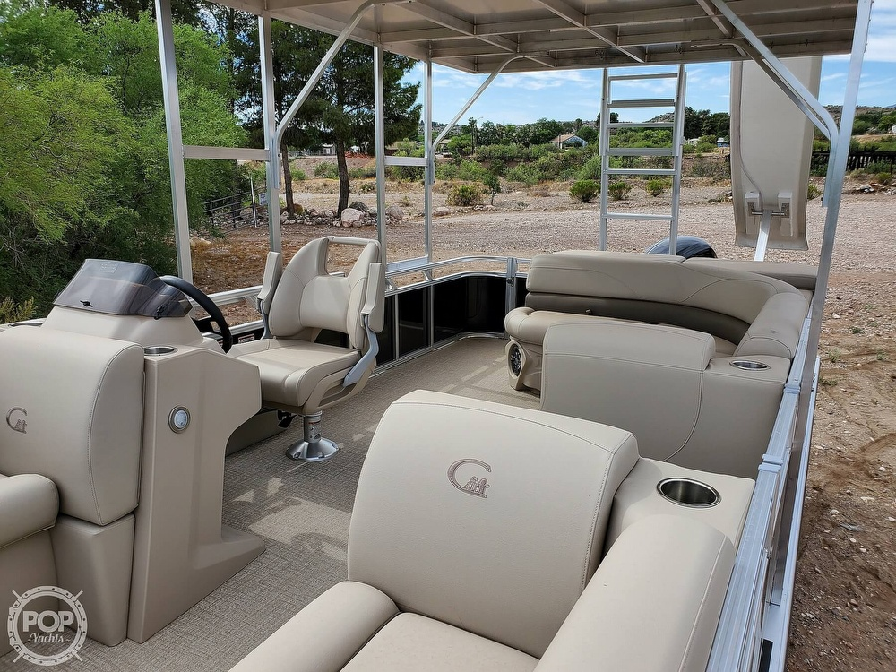 2021 Tahoe boat for sale, model of the boat is Grand Island & Image # 18 of 40