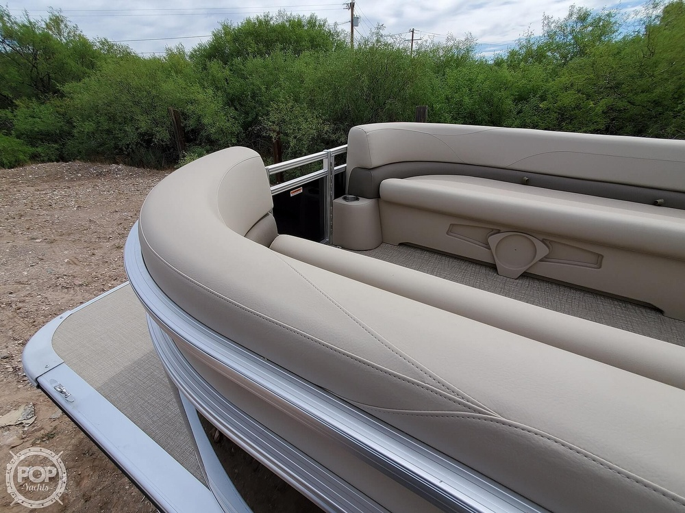 2021 Tahoe boat for sale, model of the boat is Grand Island & Image # 21 of 40