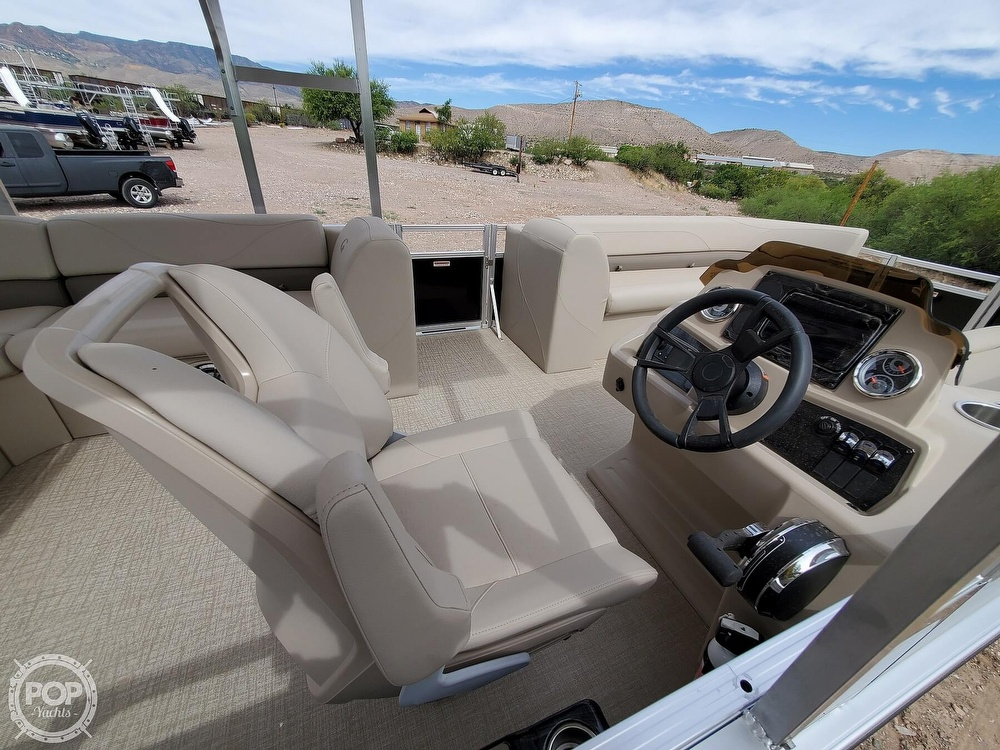 2021 Tahoe boat for sale, model of the boat is Grand Island & Image # 35 of 40