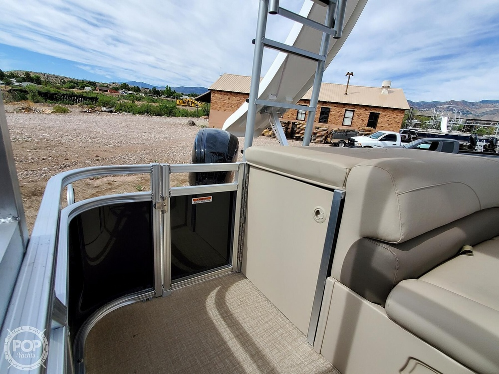 2021 Tahoe boat for sale, model of the boat is Grand Island & Image # 39 of 40