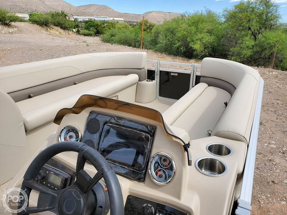 2021 Tahoe boat for sale, model of the boat is GT 2580 CR & Image # 6 of 40
