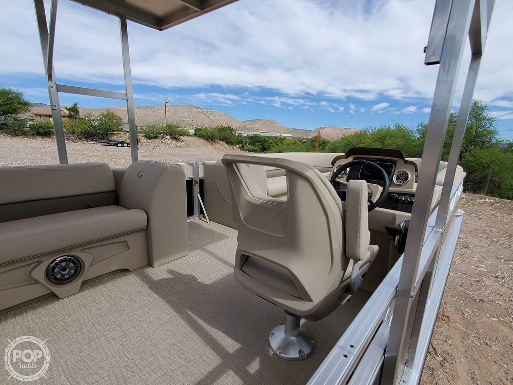 2021 Tahoe boat for sale, model of the boat is GT 2580 CR & Image # 10 of 40