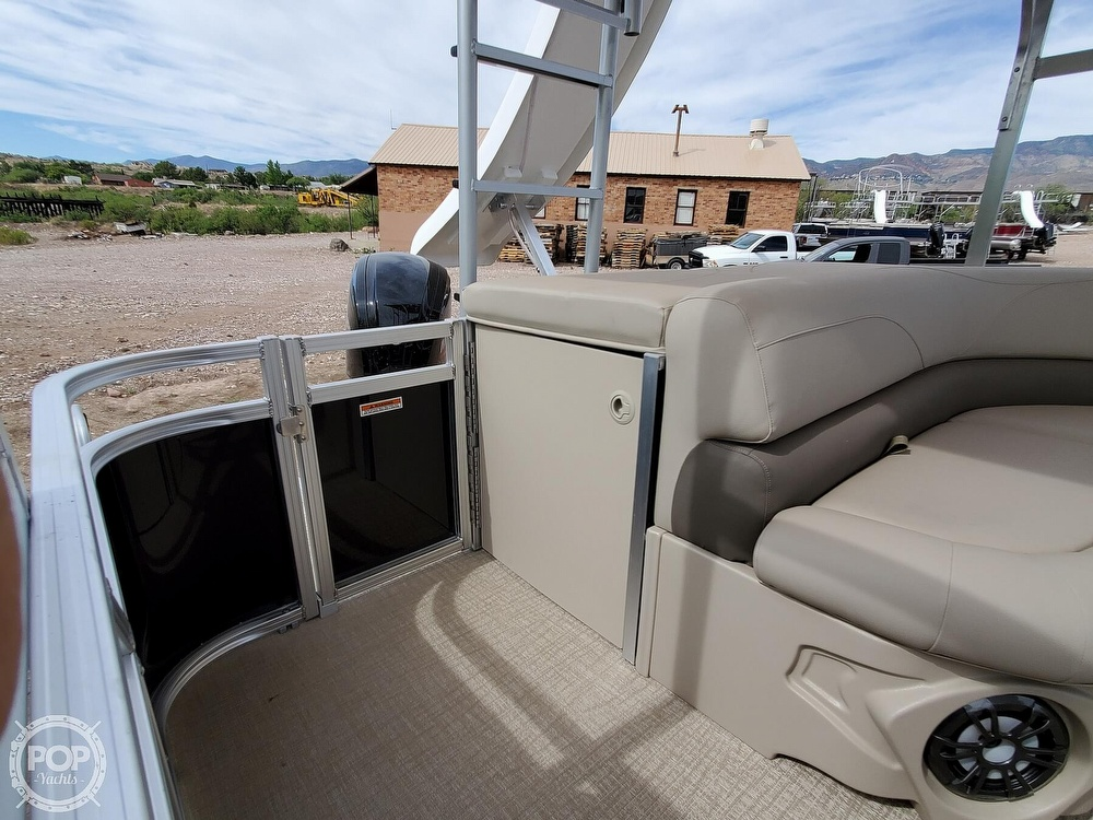 2021 Tahoe boat for sale, model of the boat is GT 2580 CR & Image # 11 of 40