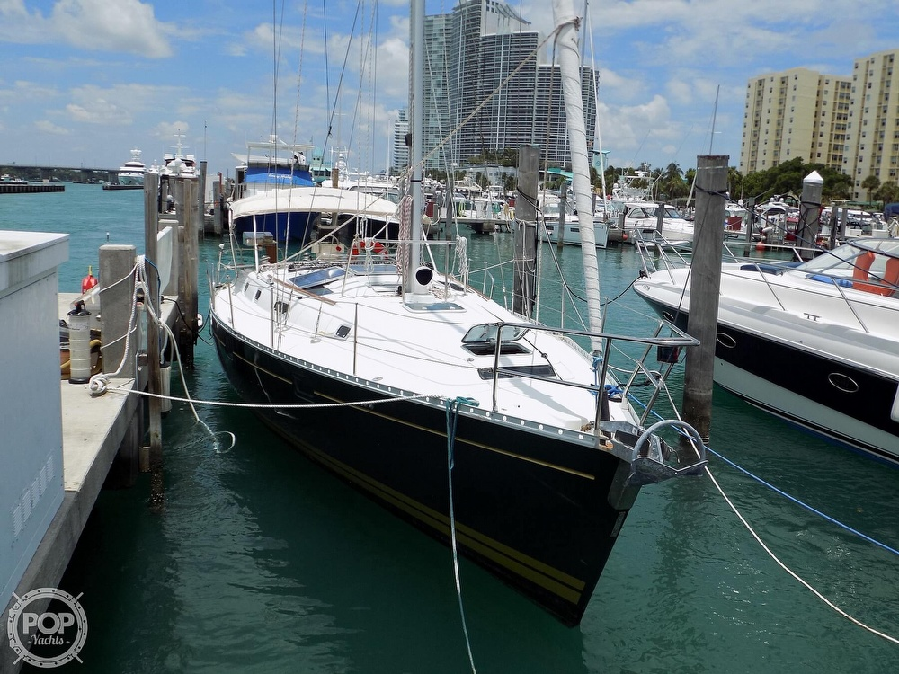 1996 Beneteau boat for sale, model of the boat is Oceanis 400 & Image # 15 of 40