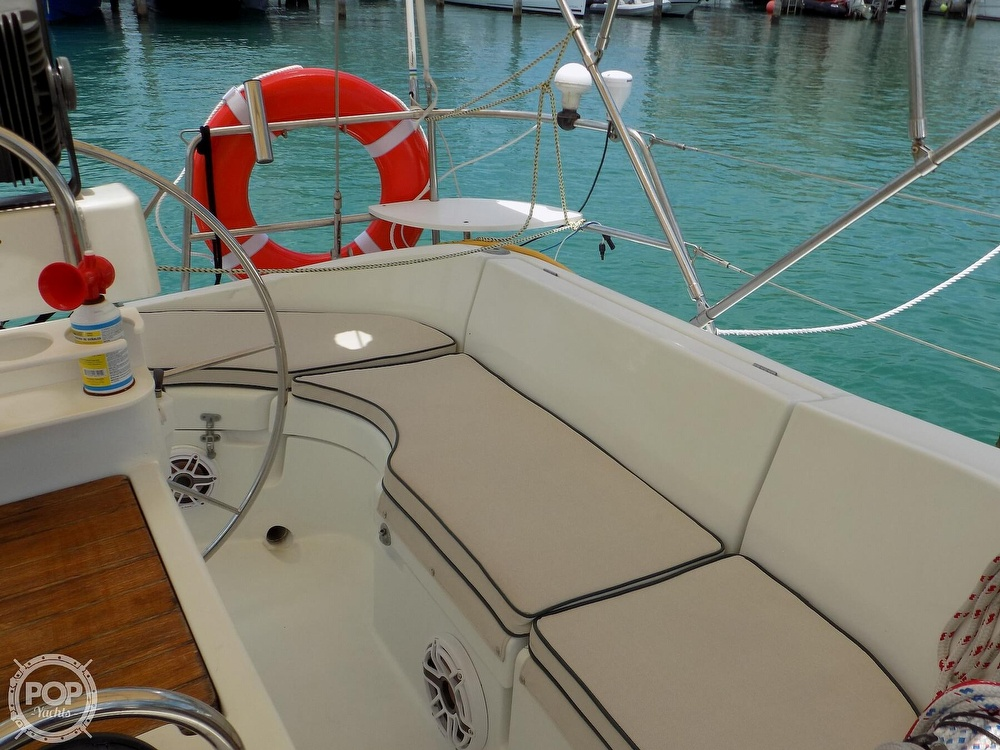 1996 Beneteau boat for sale, model of the boat is Oceanis 400 & Image # 20 of 40