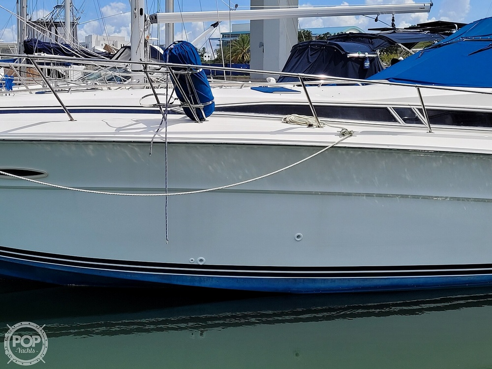 1990 Sea Ray boat for sale, model of the boat is 390 Express & Image # 6 of 40