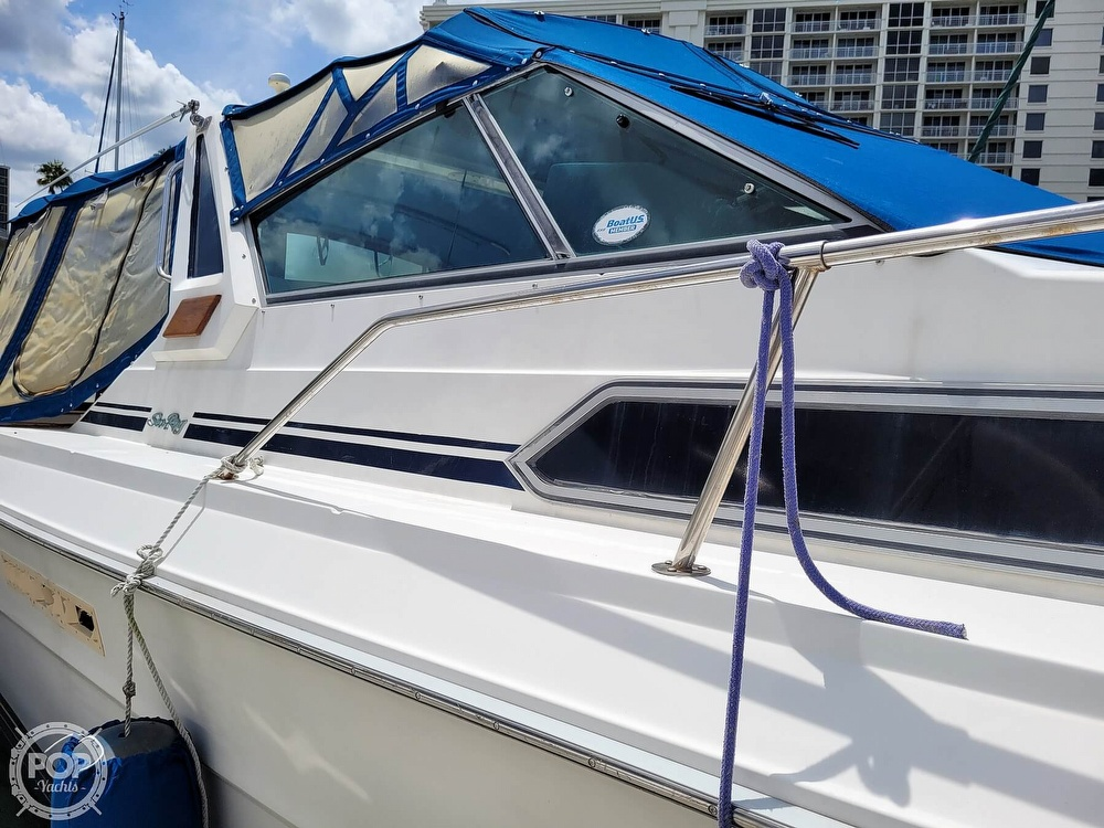 1990 Sea Ray boat for sale, model of the boat is 390 Express & Image # 18 of 40