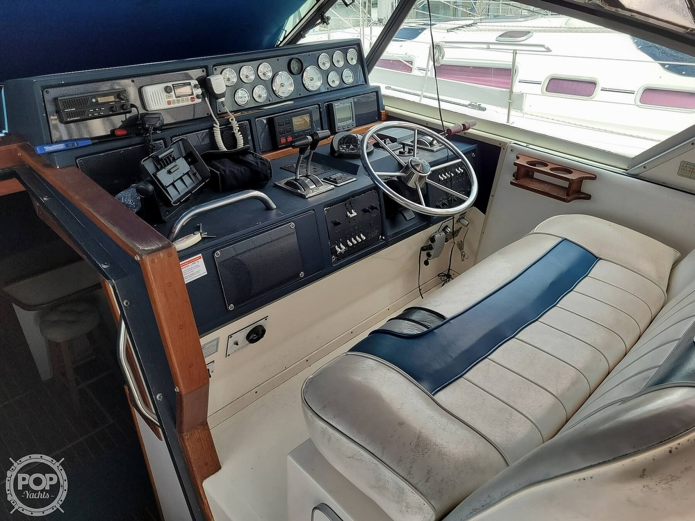 1990 Sea Ray boat for sale, model of the boat is 390 Express & Image # 40 of 40