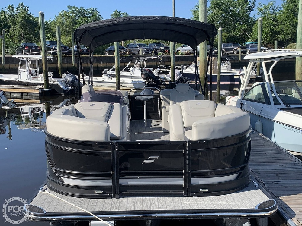 2020 Starcraft boat for sale, model of the boat is SLS 3 & Image # 5 of 40