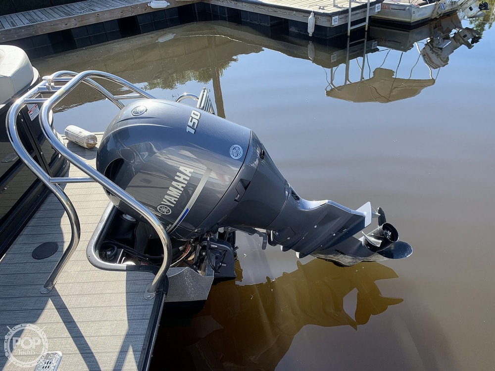 2020 Starcraft boat for sale, model of the boat is SLS 3 & Image # 7 of 40