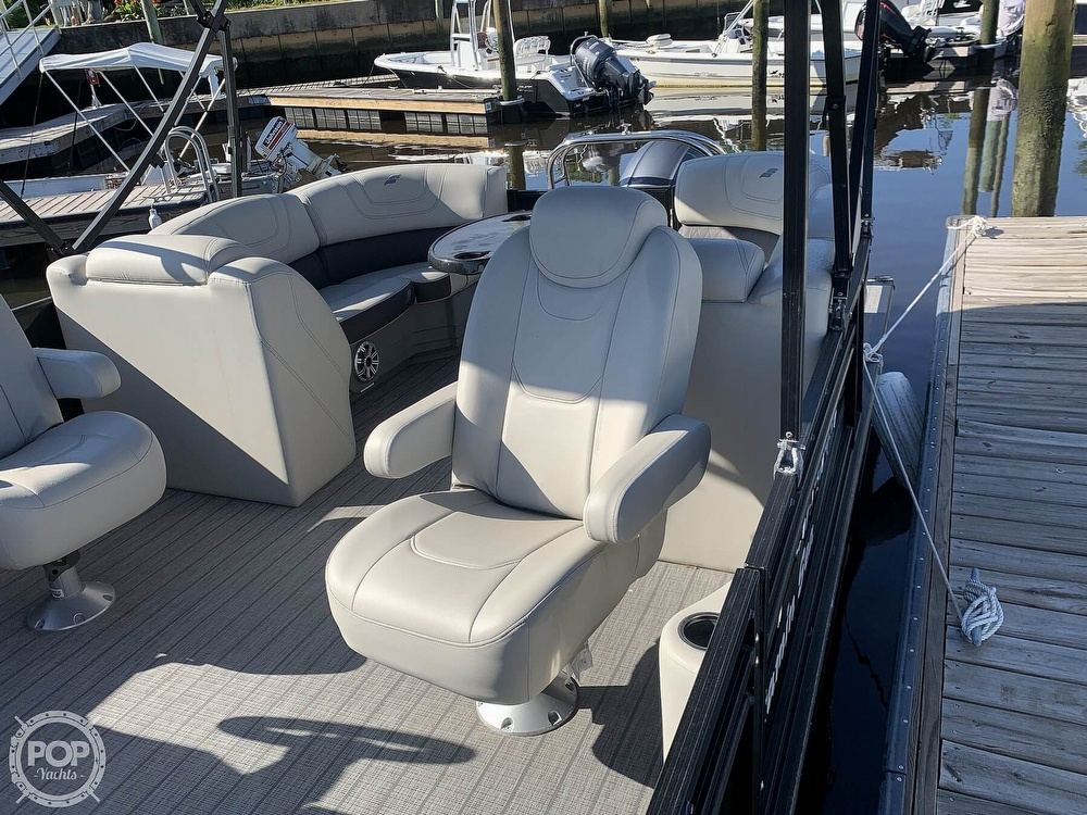 2020 Starcraft boat for sale, model of the boat is SLS 3 & Image # 18 of 40