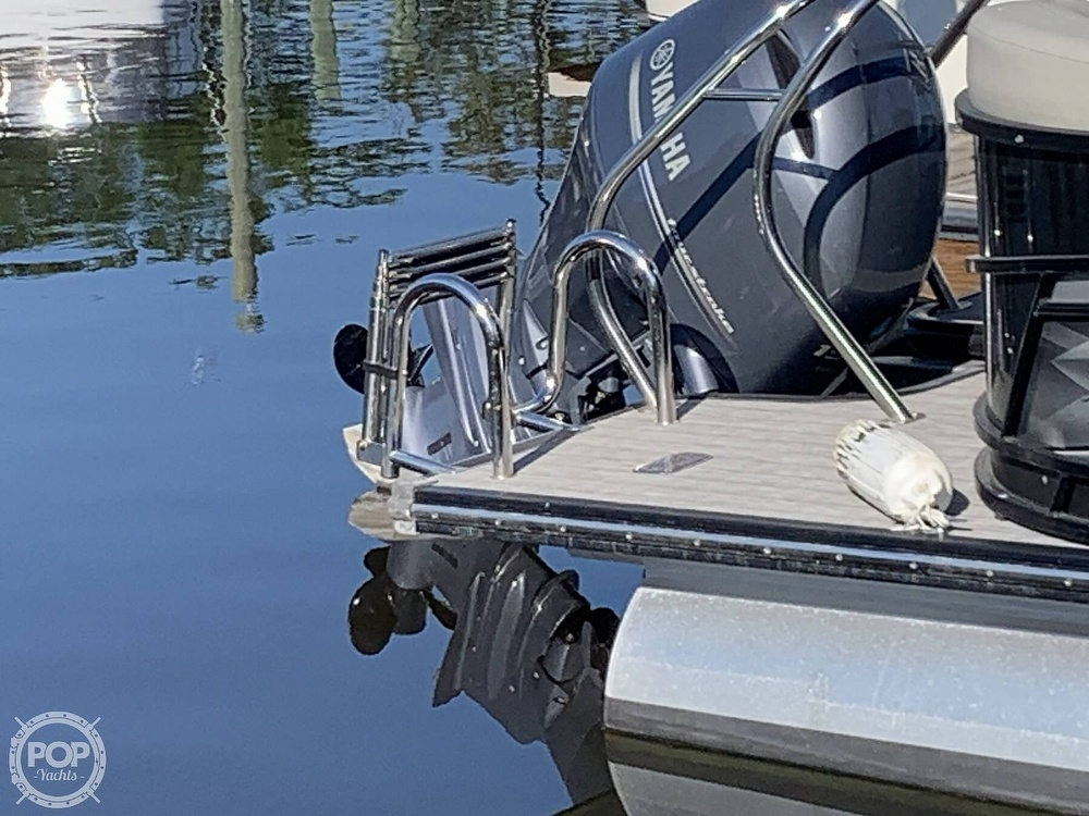 2020 Starcraft boat for sale, model of the boat is SLS 3 & Image # 20 of 40