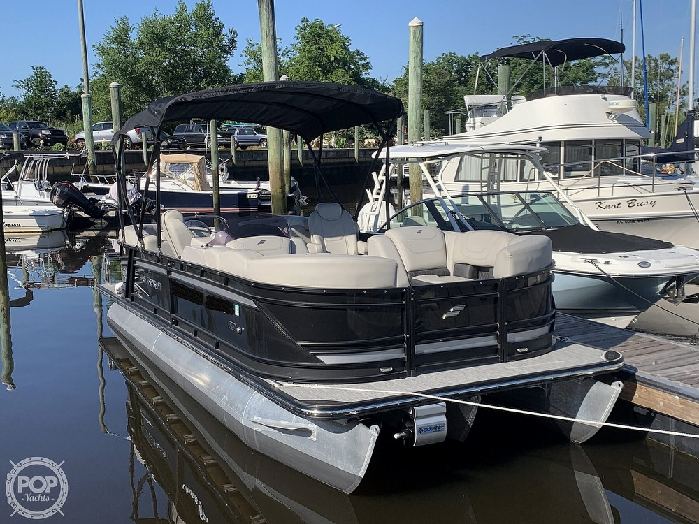 2020 Starcraft boat for sale, model of the boat is SLS 3 & Image # 2 of 40