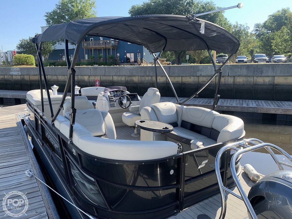 2020 Starcraft boat for sale, model of the boat is SLS 3 & Image # 3 of 40