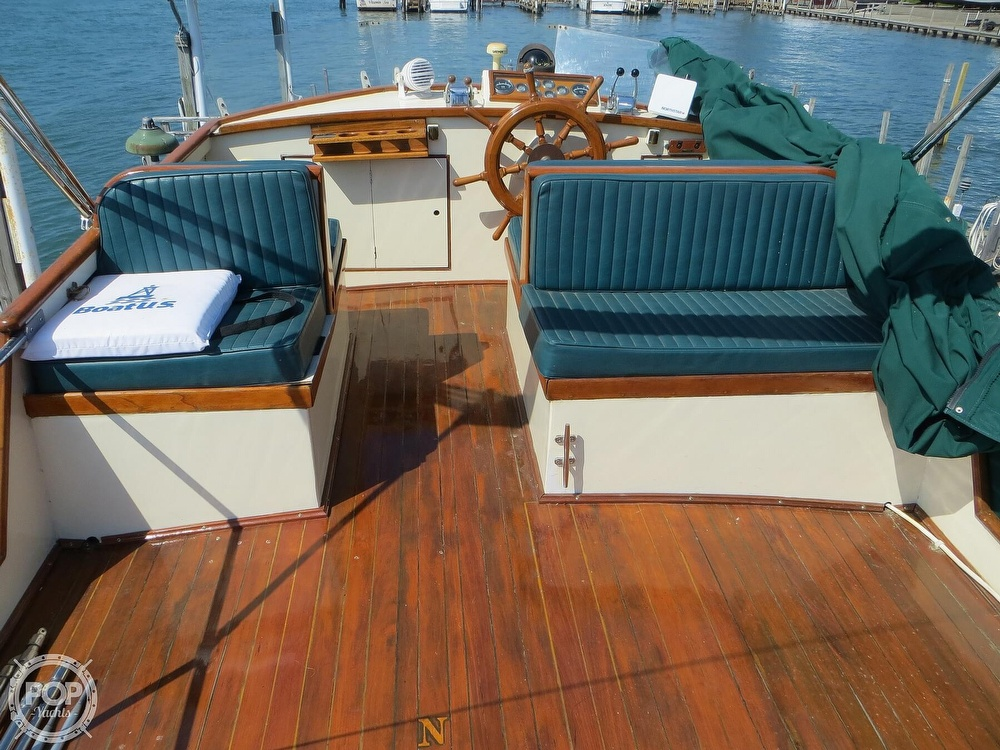 1972 Grand Banks boat for sale, model of the boat is 36 Classic & Image # 3 of 40