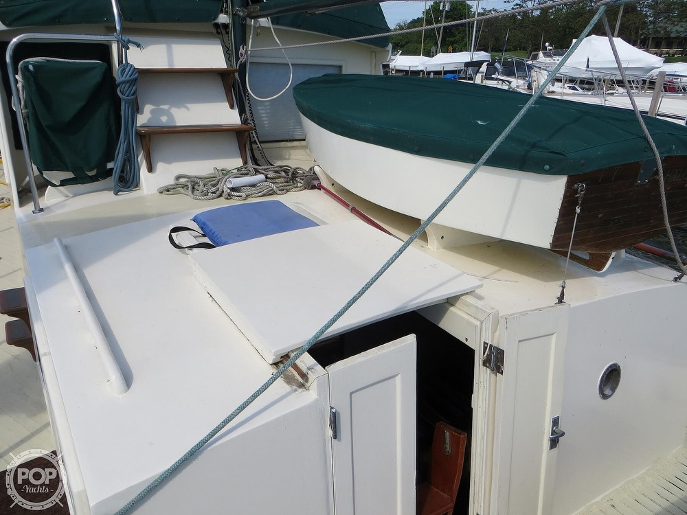 1972 Grand Banks boat for sale, model of the boat is 36 Classic & Image # 4 of 40