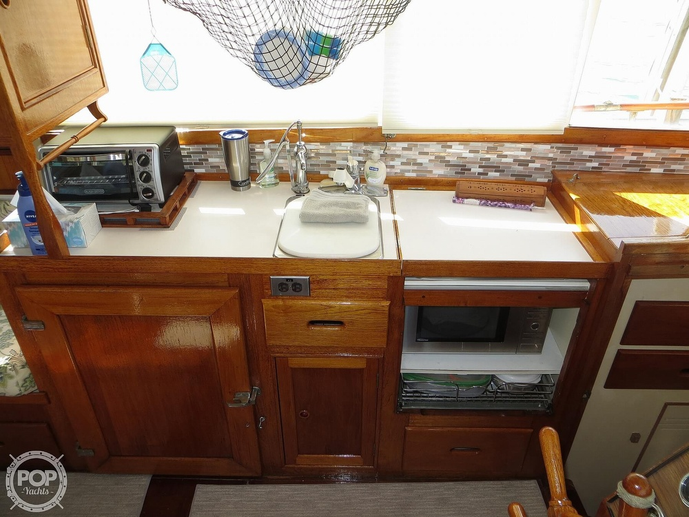 1972 Grand Banks boat for sale, model of the boat is 36 Classic & Image # 6 of 40
